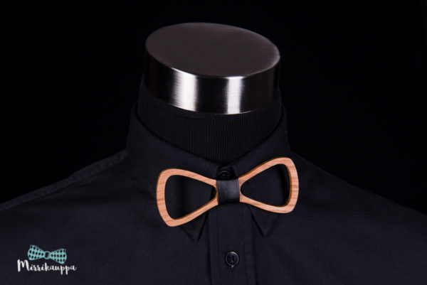 puinen-rusetti-miesten-pukeutuminen-rusetti-mirri-solmuke-asuste-bow-tie-mirrikauppa-wooden-